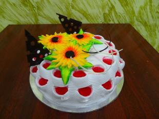 architectural-strawberry-cake