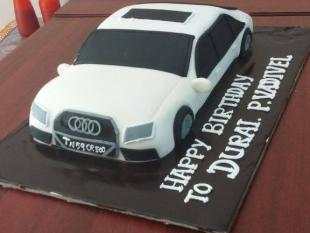 audi-car-cake-delivery-in-madurai