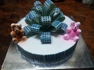 bow-cake-made-with-belgium-chocolates
