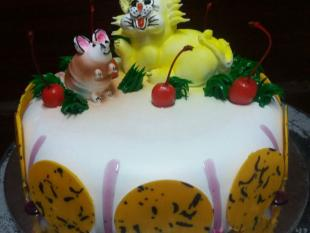 cat-n-mouse-cake