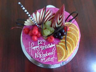fruitilicious-cake
