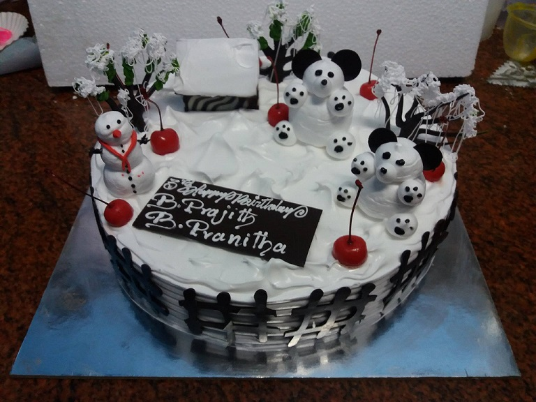 happy snowman cuddly bear cake