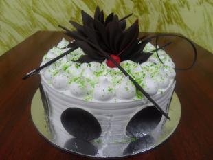 kiwi-n-french-vanilla-cake