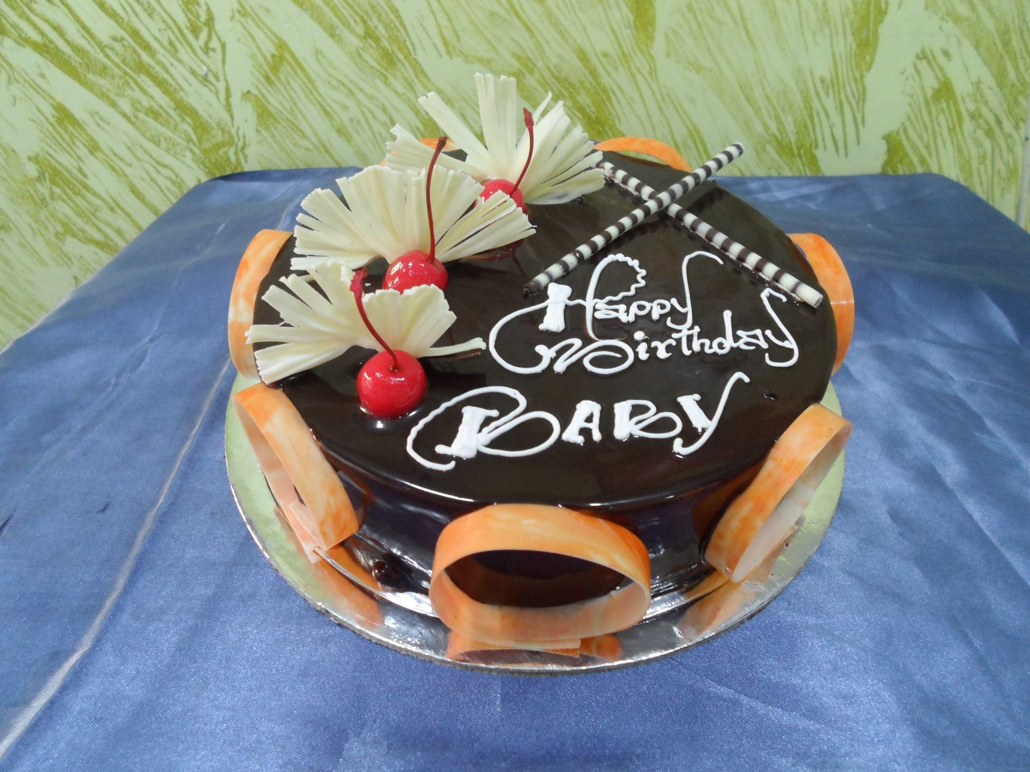 PREMIUM CHOCO TRUFFLE CAKE
