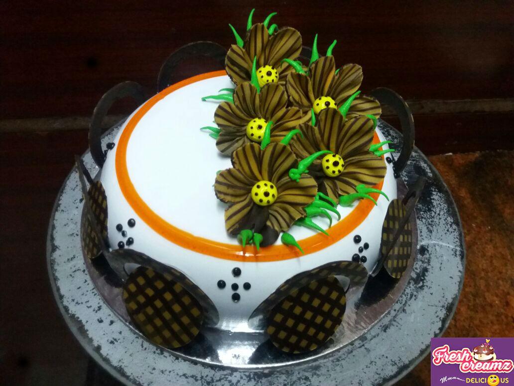 stunning choco flower dome cake