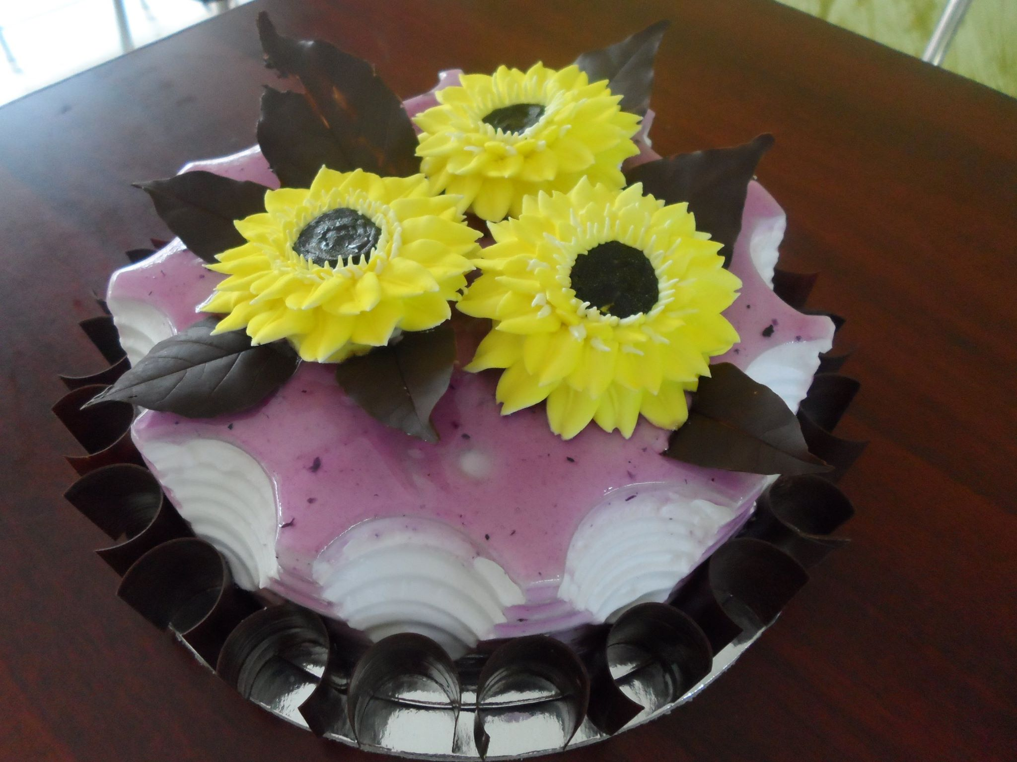 SUNFLOWER with CHOCO LEAVES