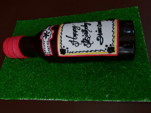 whisky-bottle-cake