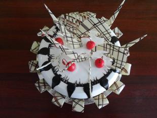 white-choco-dome-cake